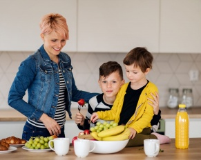 Children who eat more fruit and veggies have better mental health